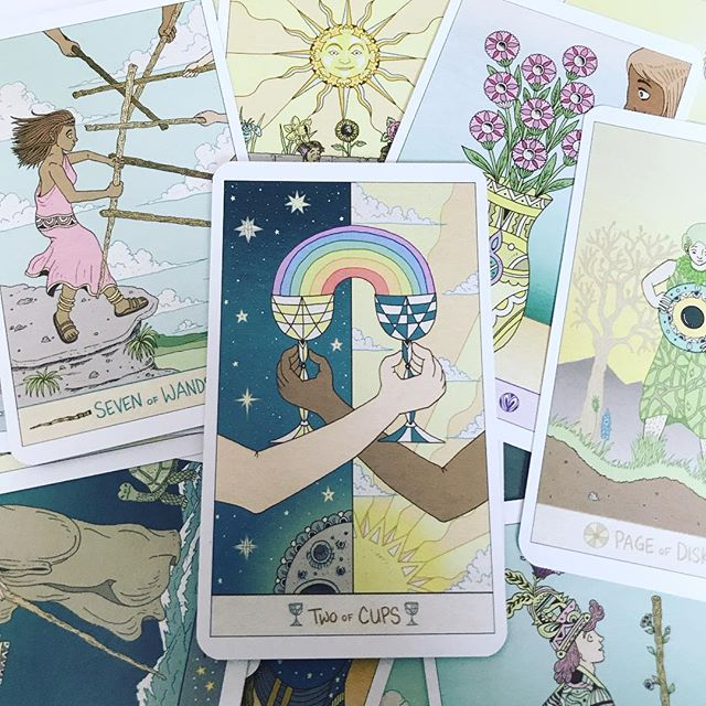 Lots of love for the Luna Sol Tarot! - Liminal 11
