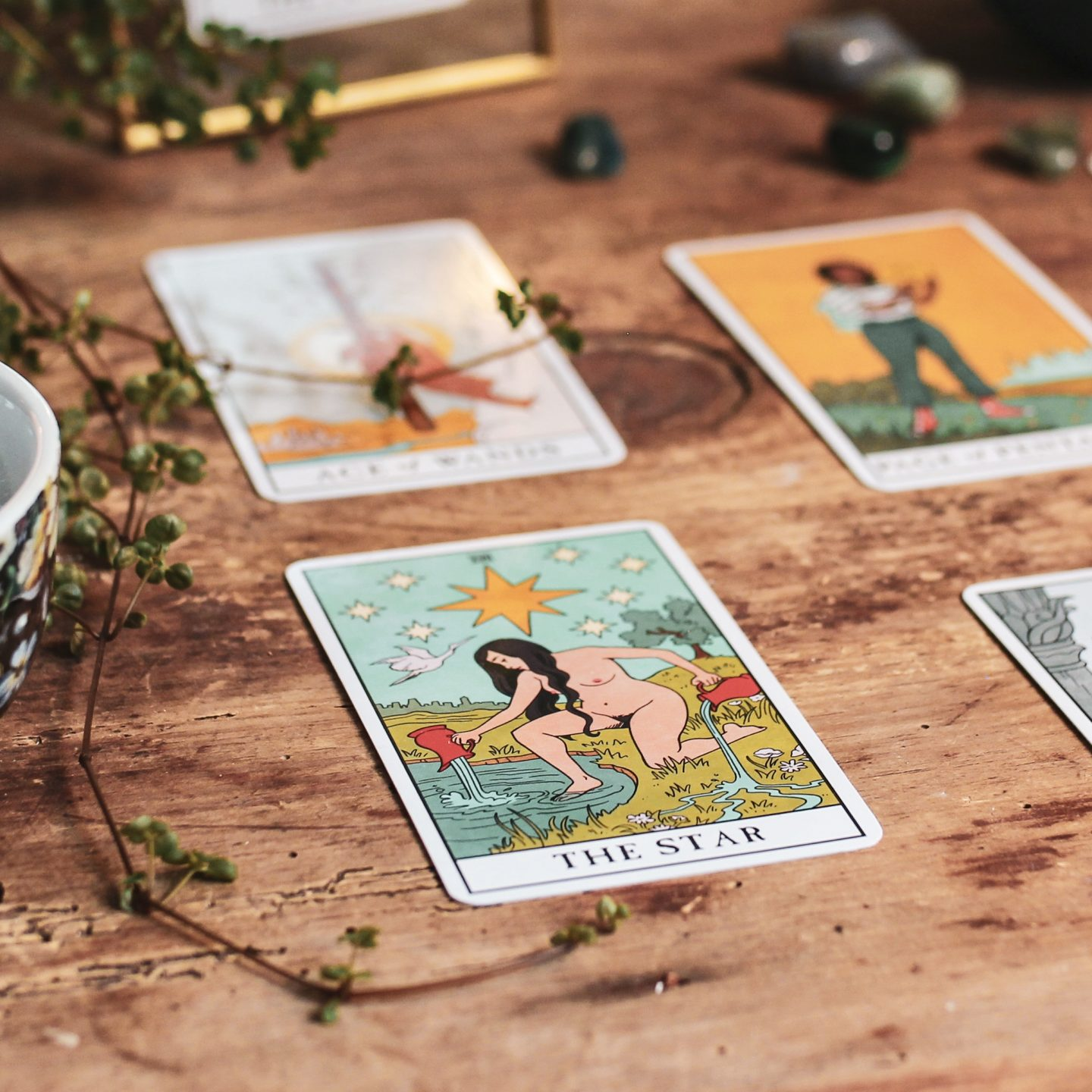 Image:  Lisa Strele's Modern Witch Tarot Deck